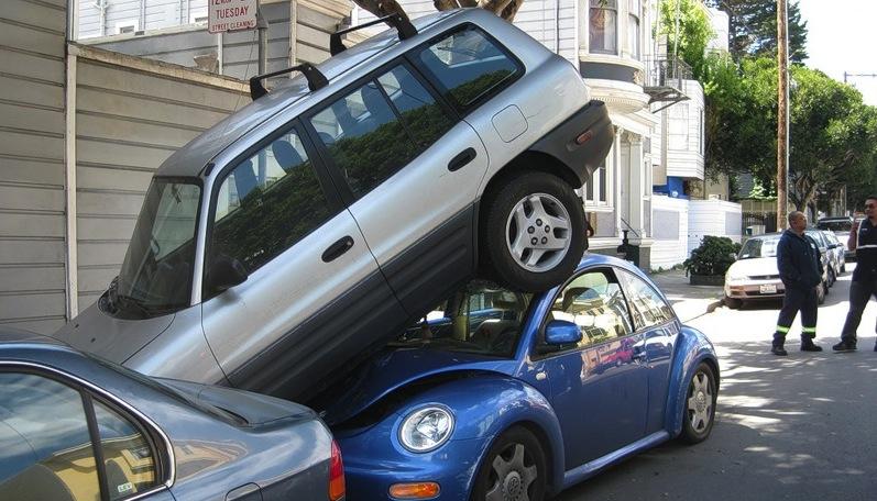 Парковка в городских условиях