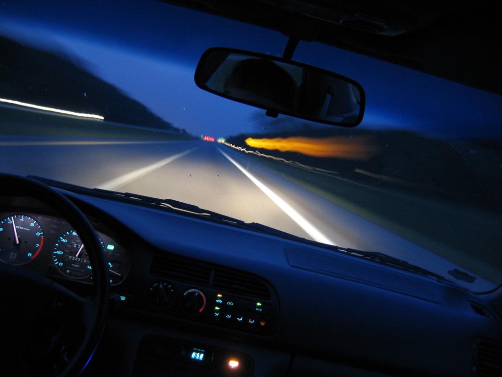 Управление автомобилем: темное время суток и новичок за рулем ...